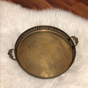 🦋2/$10 3/$15 4/$18 5/$20 Vintage Brass Tray